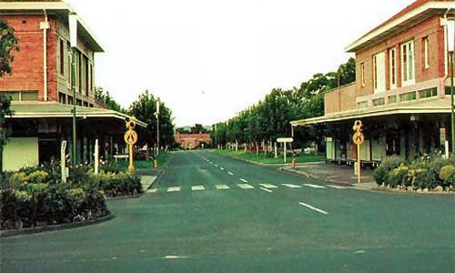 Town-Shops2